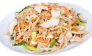 Fried noodles with chicken